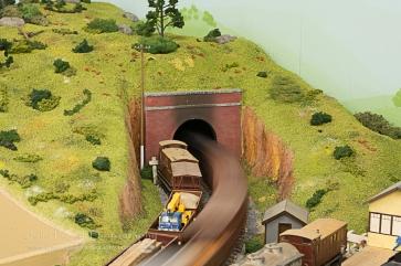 Model Trains-1038