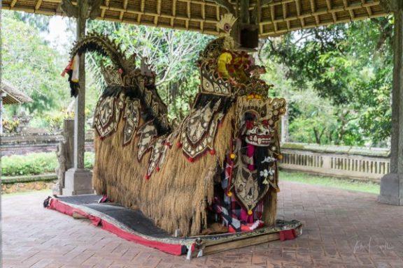 JuliePowell_Taman Ayun Water Temple-16
