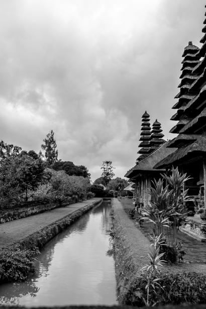 JuliePowell_Taman Ayun Water Temple-39