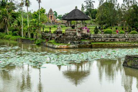 JuliePowell_Taman Ayun Water Temple-50