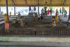 JuliePowell_Taman Ayun Water Temple-8