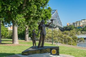 JuliePowell_Story Bridge Day-4