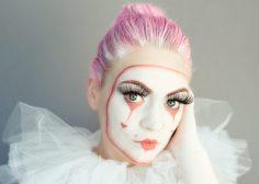 Powell-Julie_Sad Clown-11