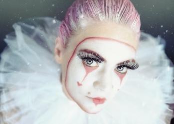 Powell-Julie_Sad Clown-30