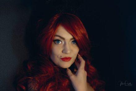 Powell-Julie_Jess_Red Rabbit-11