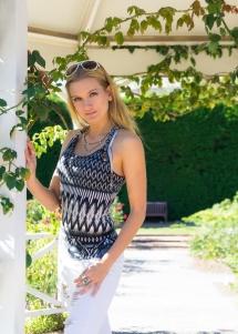 JuliePowell_Fashion Posing-15