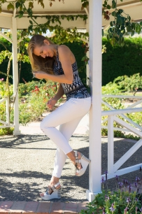JuliePowell_Fashion Posing-2
