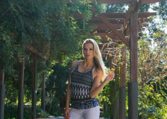 JuliePowell_Fashion Posing-25
