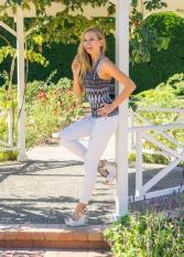 JuliePowell_Fashion Posing-4