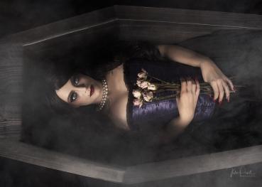 JuliePowell_DarkRomance-25