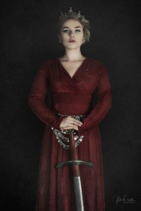 JuliePowell_RedQueen-13