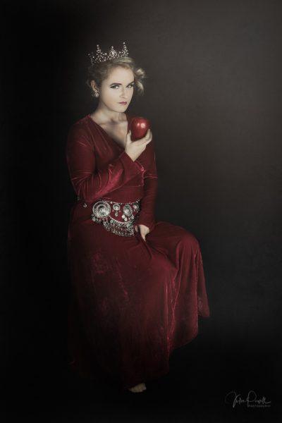 JuliePowell_RedQueen-20