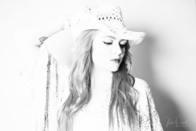 JuliePowell_Jess B&W-7