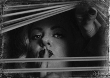 JuliePowell_Detective-1