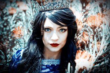 Julie Powell_Warratah Princess-2