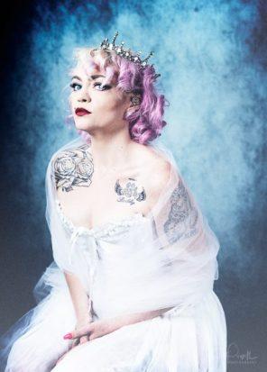 Julie Powell_Wisteria-10