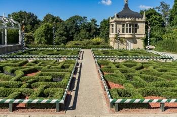 JuliePowell_Hamilton Gardens-64