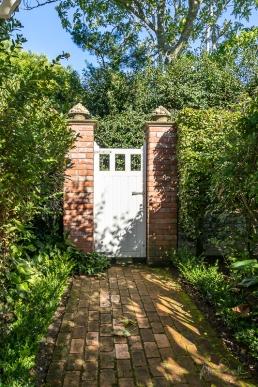 JuliePowell_Hamilton Gardens-9