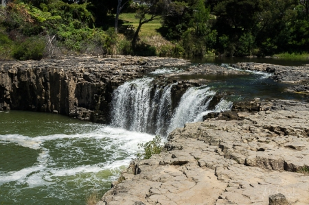 JuliePowell_Haruru Falls-2