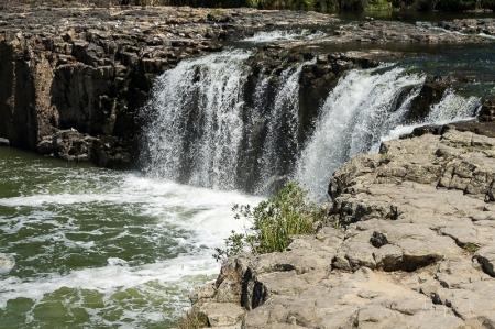 JuliePowell_Haruru Falls-3