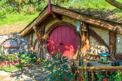 JuliePowell_Hobbiton-27