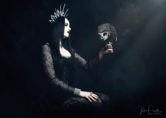 Julie Powell_Goth--12