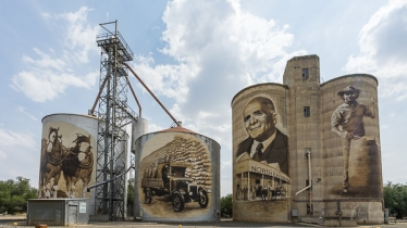 St James Silo Art - Tim Bartell
