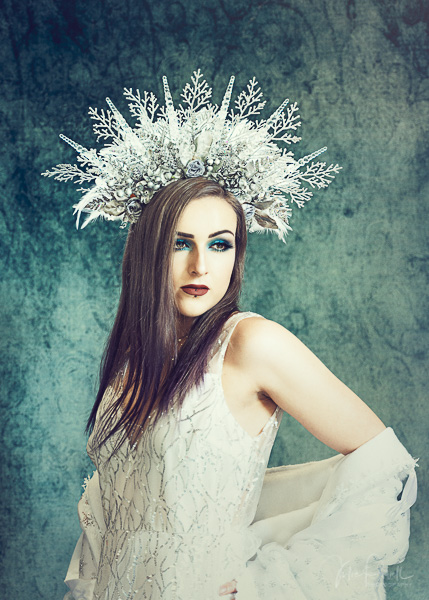 JuliePowell_Fantasy-16