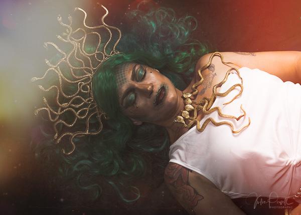 JuliePowell_Medusa-18