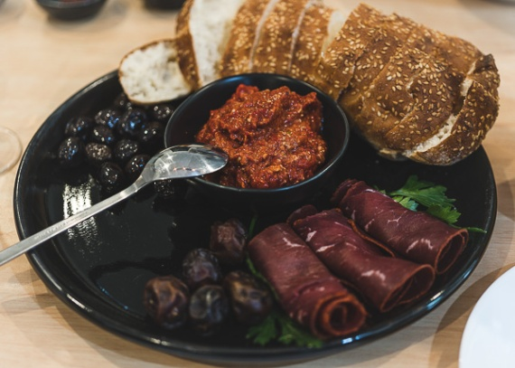 JuliePowell_Feast-1